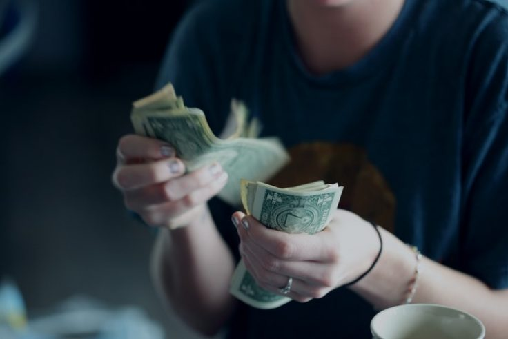 A Parent's Guide to Teaching Your Teens About Money